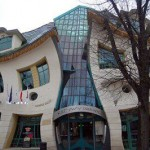 The Crooked House (Полша)