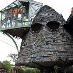The Mushroom House aka Tree House (САЩ)